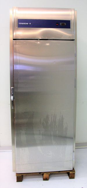 Vaunutäyttöinen kylmäkaappi Metos